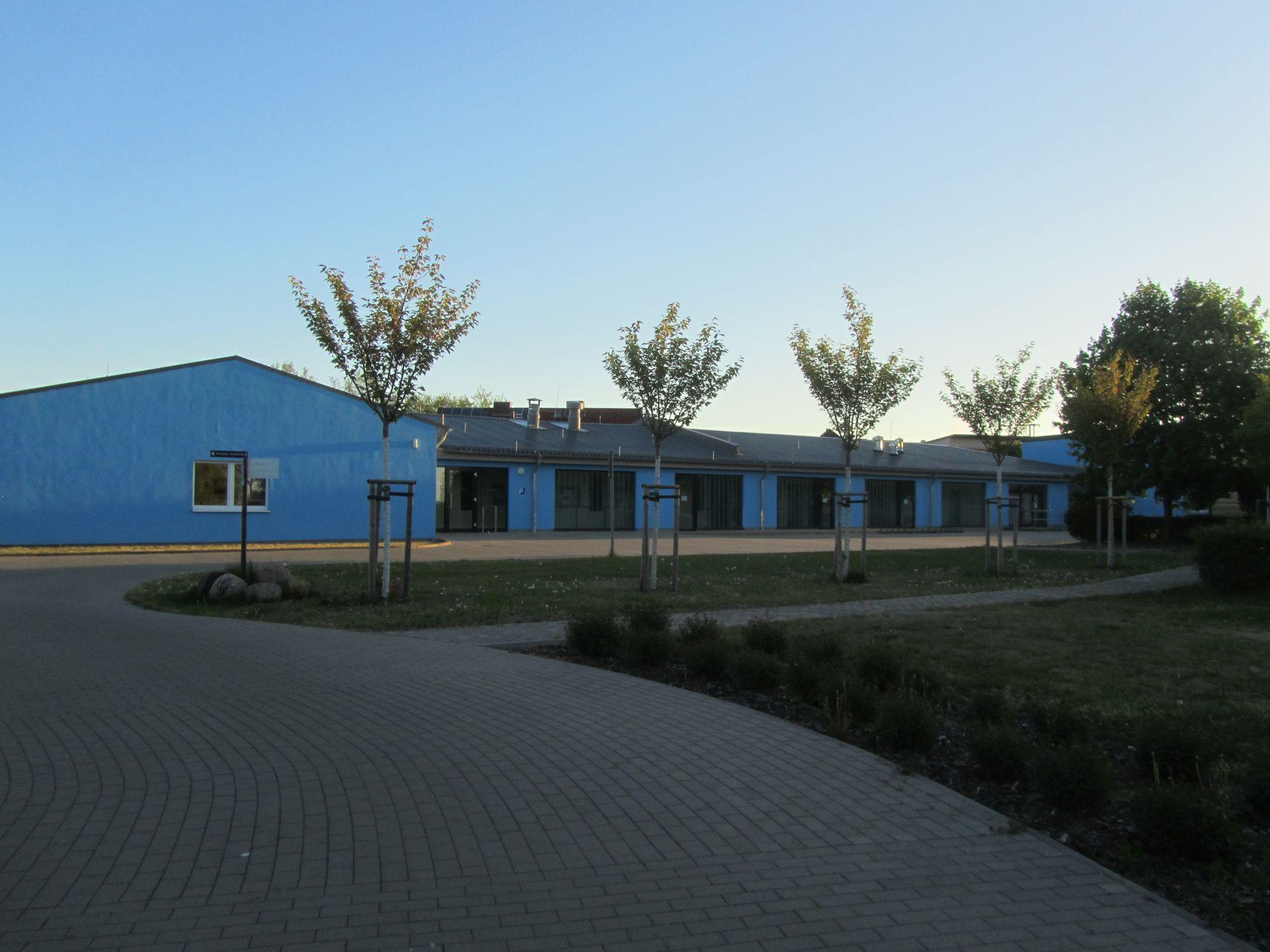 Sanitäranlagen und Sportgebäude Hafen Schwedt