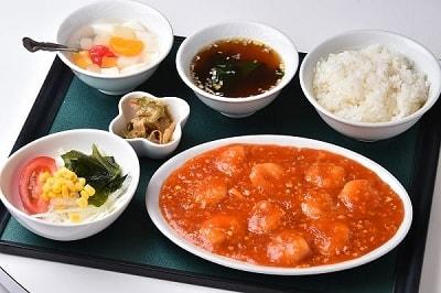 東洋-エビチリ定食