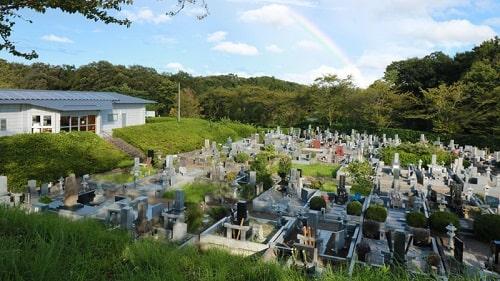 陵石匠-墓地