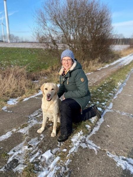 Alexandra Link mit Hund - Mobile Tierheilpraxis Schleswig-Holstein
