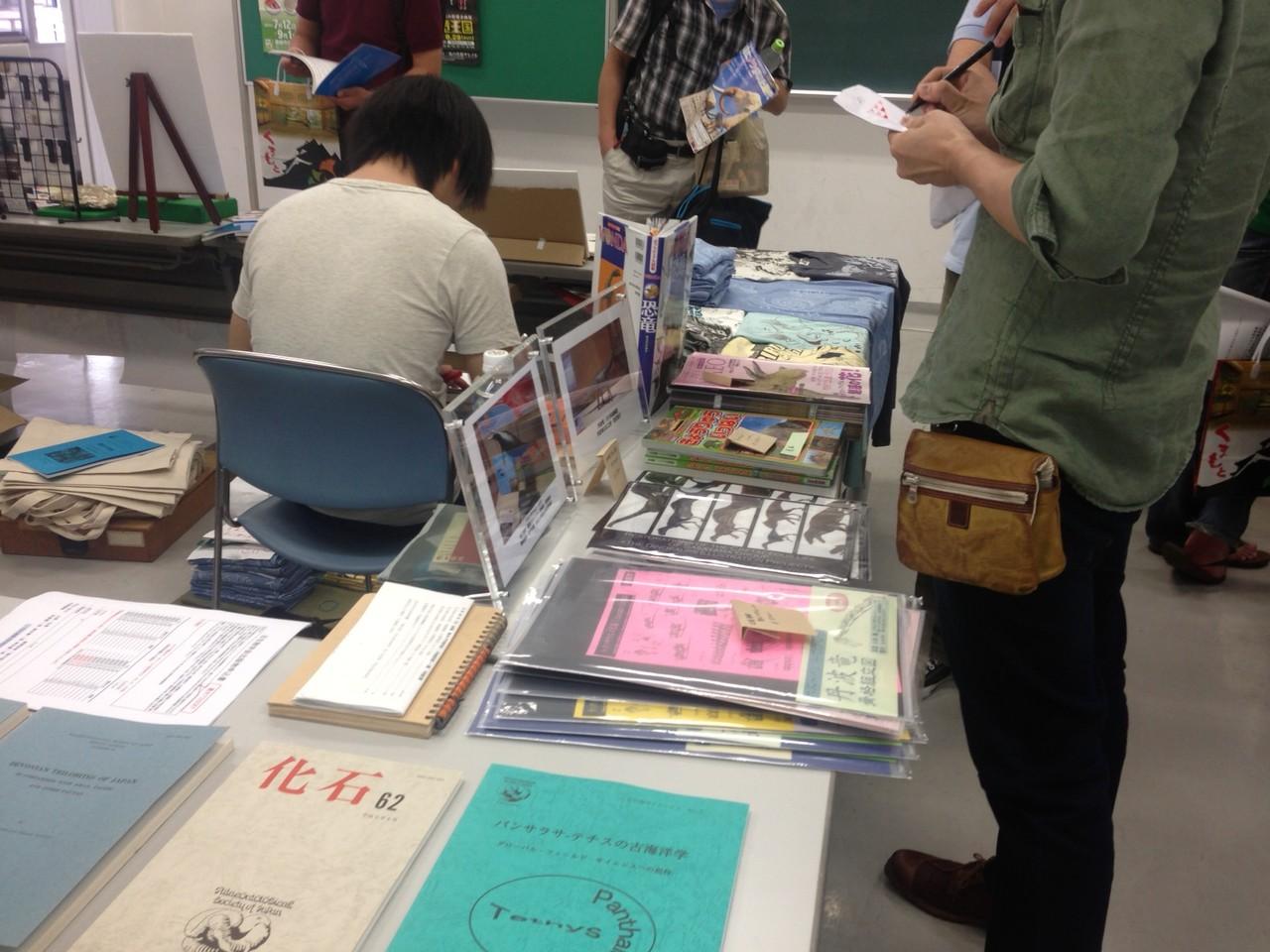 徳川さんの属するACTOWのプロダクツも販売されています。