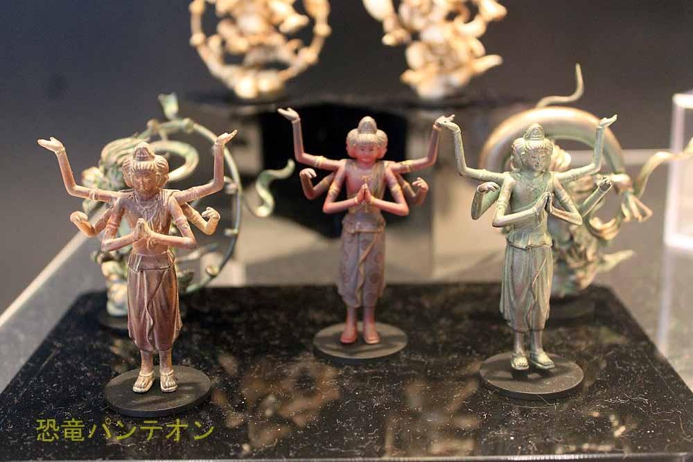 海洋堂 日本の至宝 仏像 これは私の趣味で入れました