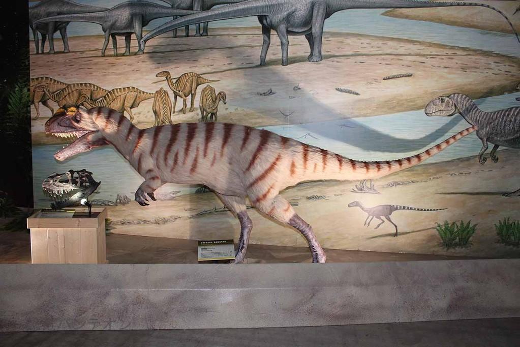 ケラトサウルス生態復元