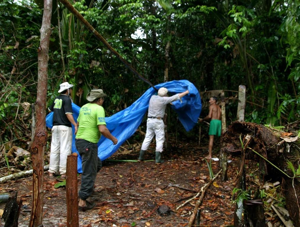 Nach dem Regen bauten wir unser Lager auf.