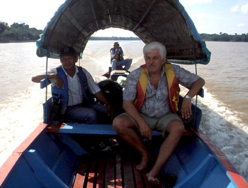 Flussfahrt am Amazonas von Tabatinga über Benjamin Constant zum Rio Javari.