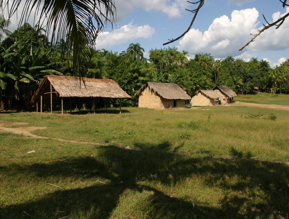 Dieses Reservat wurde von den Salesianer-Missionaren und der Funai vor etwa 30 Jahren errichtet.