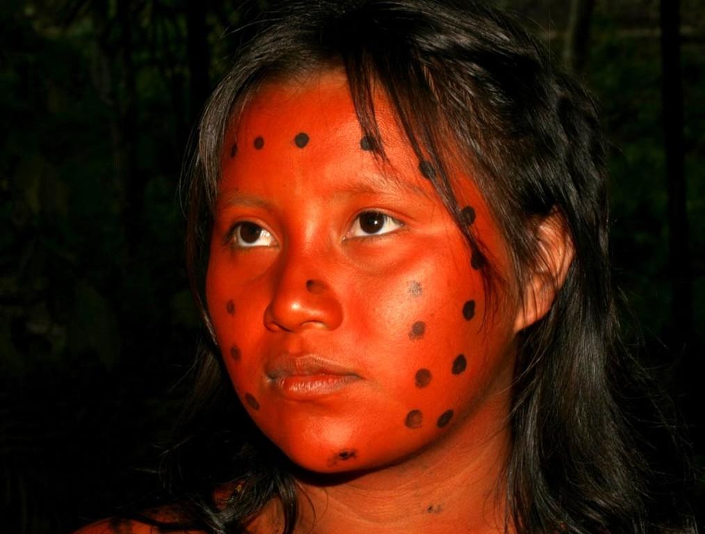 """Von dieser Körperbemalung der Indios kommt der Ausdruck """"Rothaut""""."""