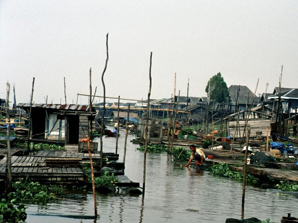 Das Fischerdorf Semayang ist immer einen Besuch wert.