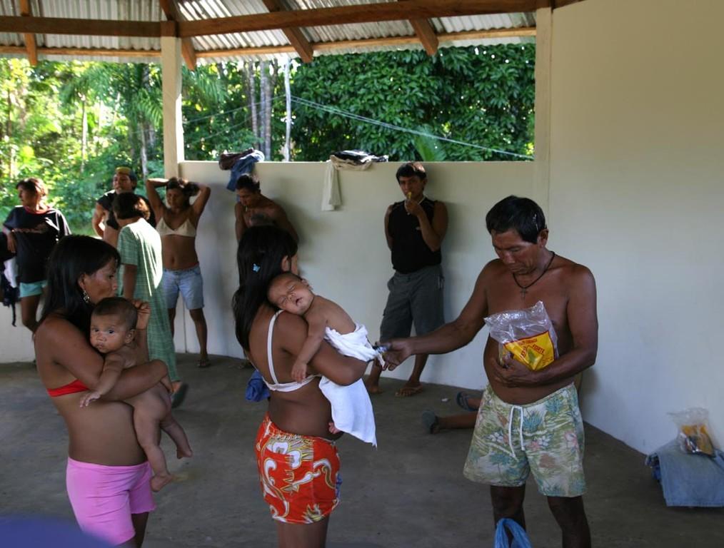 Kautabak ist sehr beliebt, auch bei den Frauen.