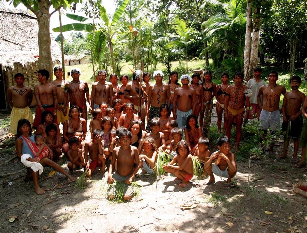Solche Feste veranstaltet das Dorf Nazare mehrmals im Jahr, um seine Kultur und Rituale an die jungen Yanomami weiterzugeben.