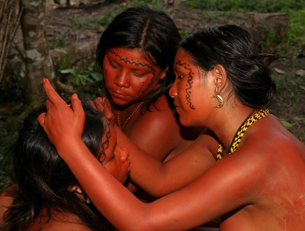 Alle Yanomami gaben sich dabei große Mühe.