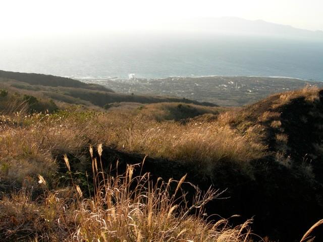 これは、その時の噴火口。