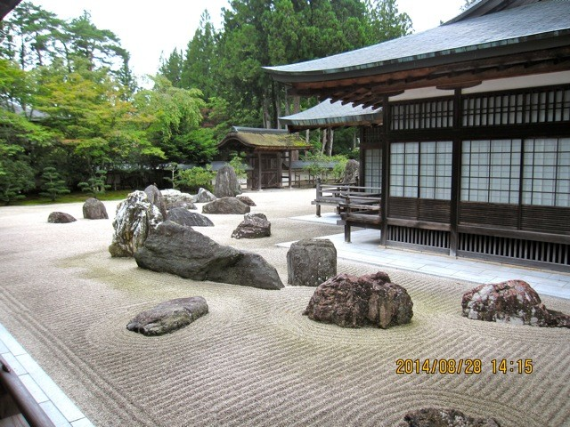 日本最大の石庭「蟠龍庭(ばんりゅうてい)」