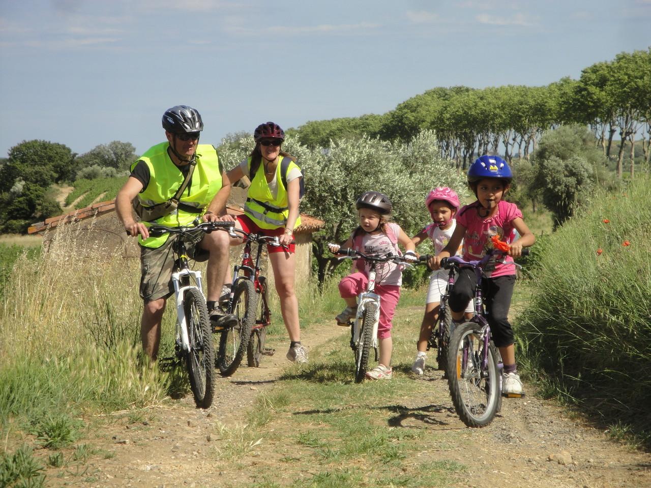 Sortie vélo autour de l'école entre Caux Roujan -Ozone