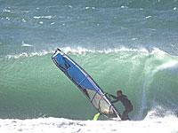 御前崎 WAVE 菅野誠 ウインドサーフィン始めるなら神奈川県横浜市金沢区 海の公園のスピードウォール