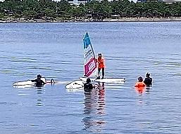 スクールランチ1 ウインドサーフィン始めるなら神奈川県横浜市金沢区 海の公園のスピードウォール