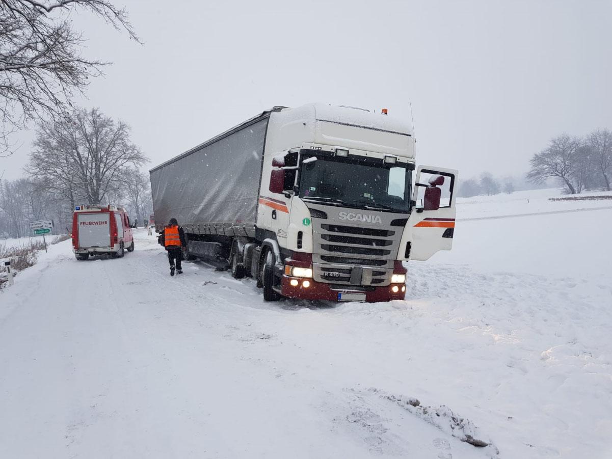 LKW konnte Fahrt nach Bergung fortsetzen