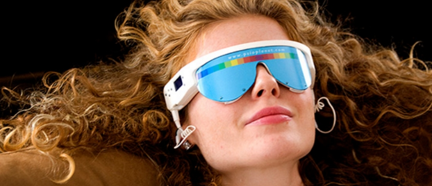 Femme avec lunette PSIO et ses programmes