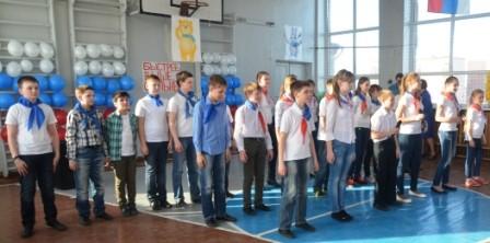 6б класс исполняет Гимн Олимпиаде в Сочи