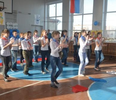 Танцевальный коллектив 6б класса