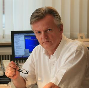 Dr. Volker Thorn