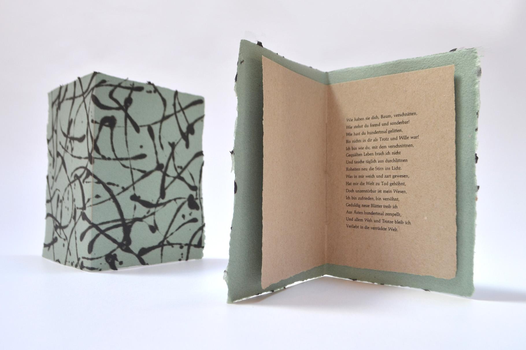 """""""Gestutzte Eiche"""" (2010) - Ein Heft, gestaltet von John Gerard mit einem Gedicht von Hermann Hesse"""