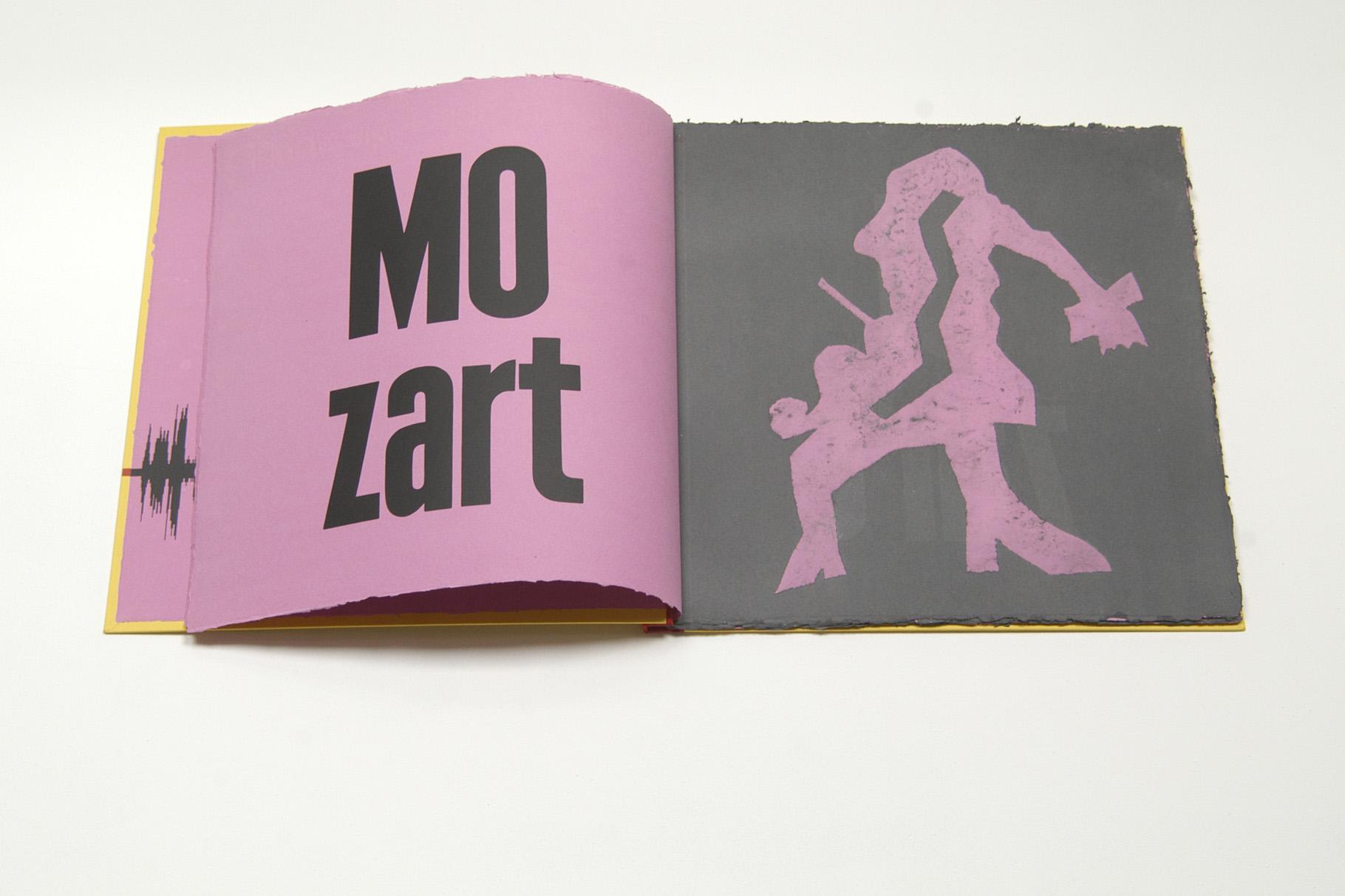 """""""Mit Mozart durch die Woche"""" (2003) - Ein Künstlerbuch mit Bildideen von Ottfried Zielke und einem Text von Uwe Warnke, hergestellt in Zusammenarbeit mit John Gerard"""