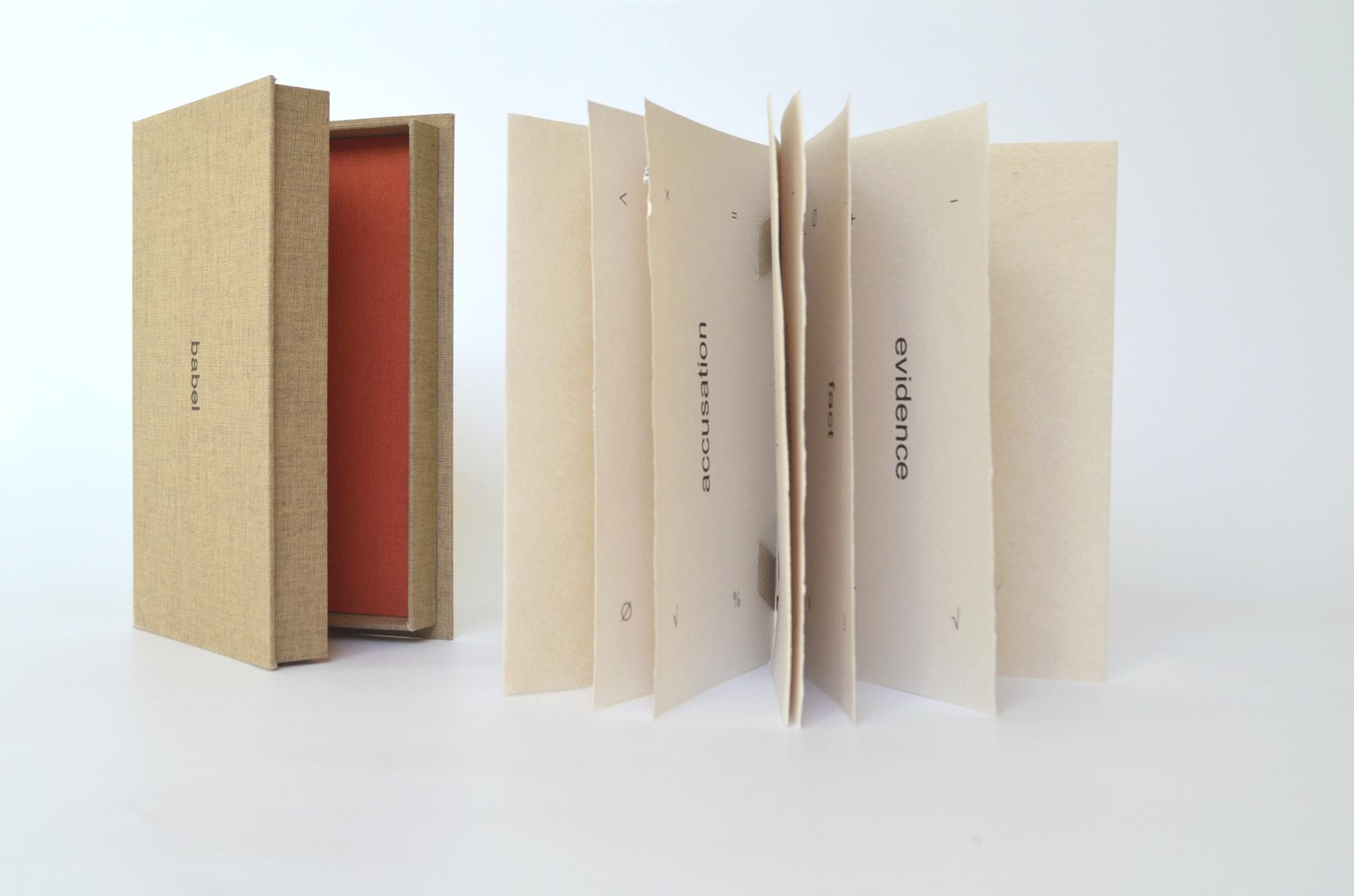 """""""babel"""" (2012) - Ein Künstlerbuch von John Gerard über Sprachverwirrung und die universelle Sprache der Mathematik"""