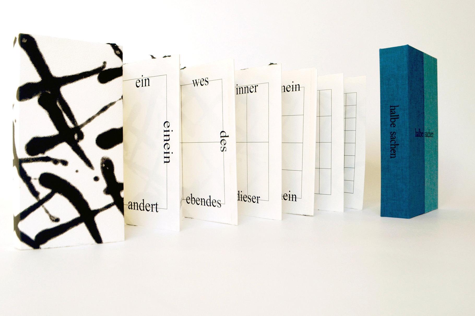 """""""halbe sachen"""" (2011) - Ein Künstlerbuch von John Gerard mit einem Text von Uwe Warnke"""