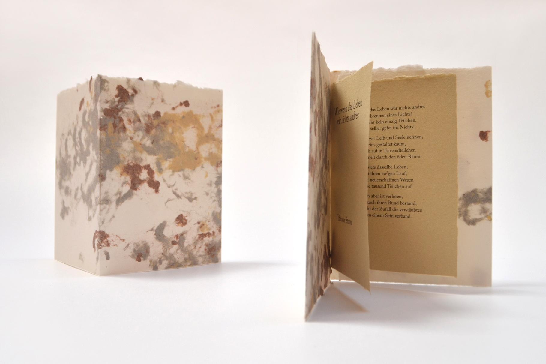 """""""Wie wenn das Leben wär nichts andres"""" (2018) - Ein Heft, gestaltet von John Gerard mit einem Gedicht von Theodor Storm"""