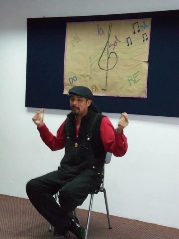 En la escuela artística con los más pequeños - 2012