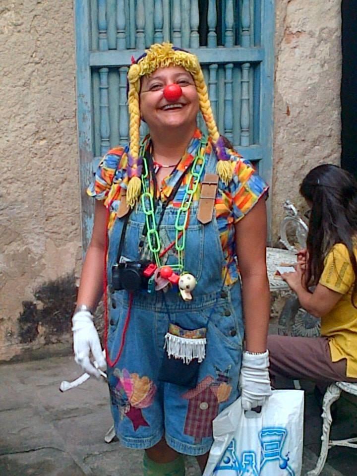 Rosa Irene Pino, una sorpresa su personaje, compartimos la magia de las cuerdas, gran narradora, bella persona.