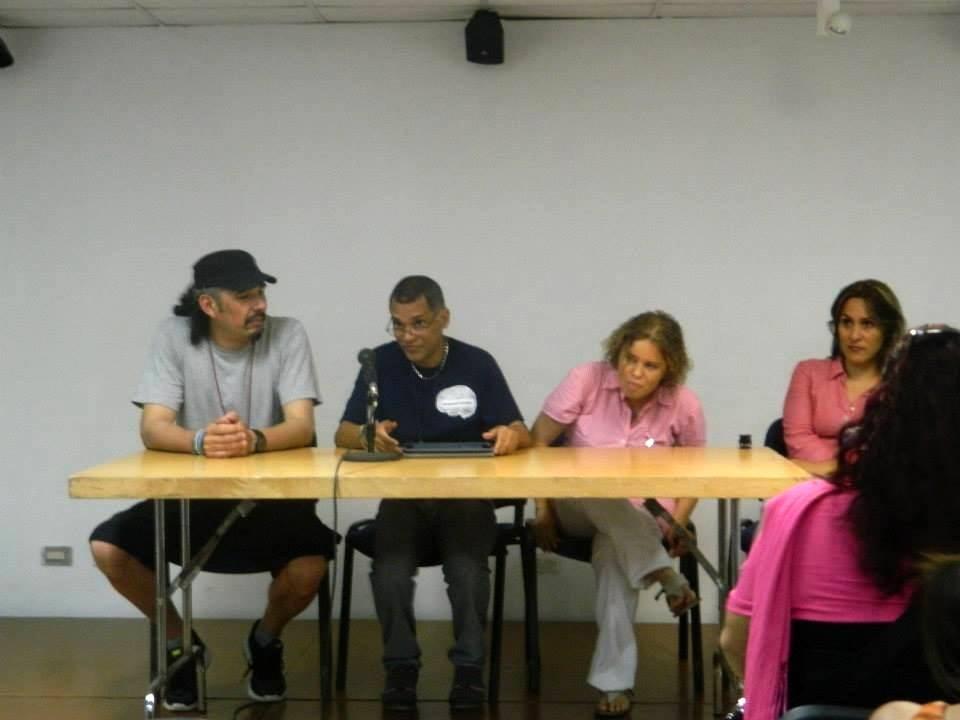 Junto a Osvaldo Pérez Peñalver, director del encuentro, Mónica Silerio, psicóloga, y Bere Soria, psiquiatra