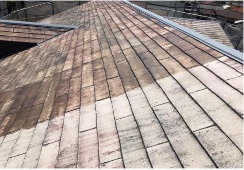 ハイツ 施工前の色褪せた屋根