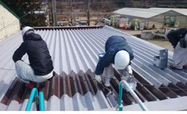 屋上屋根に熱交換塗料