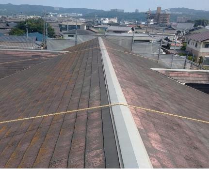 スレート屋根 施工前の全景