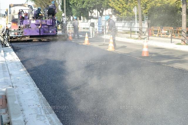 道路の遮熱対策が進んでいます。2年後に133㎞完了