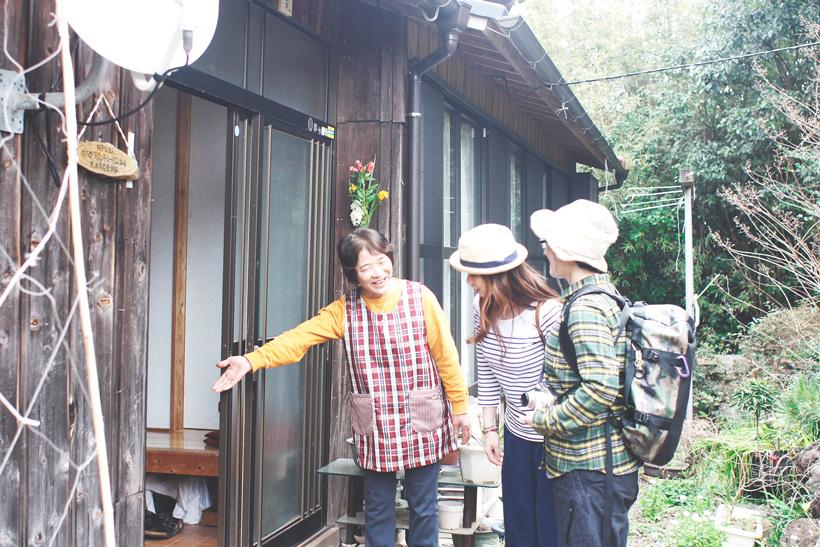 田舎の一軒家に迎えられ、日本の文化に触れる民泊