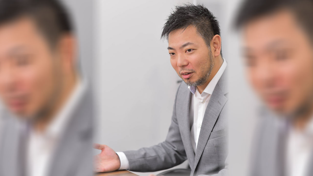 神戸大学卒業後 IT業界を経て節水の可能性を受けて2代目(親から技術を乞い)開発