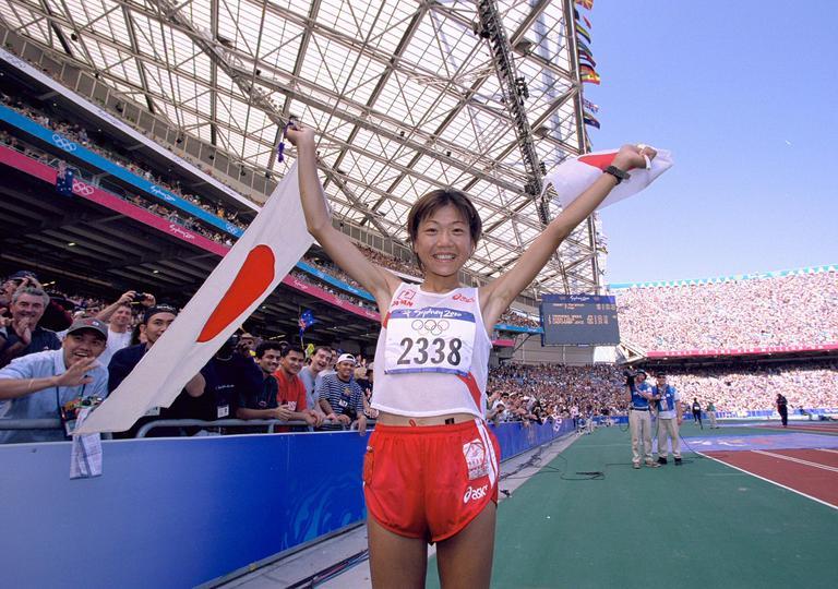 高橋尚子 陸上女子初の金メダルに日本中が感動