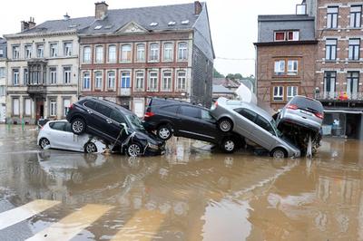 ドイツのライン川流域で豪雨による大規模な氾濫被害