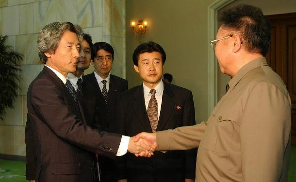 2002年・2004年小泉総理訪朝、金正日と会談