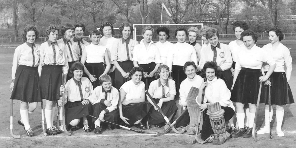 01.04.1957 | Die Damen des Bremer HC und KHC.