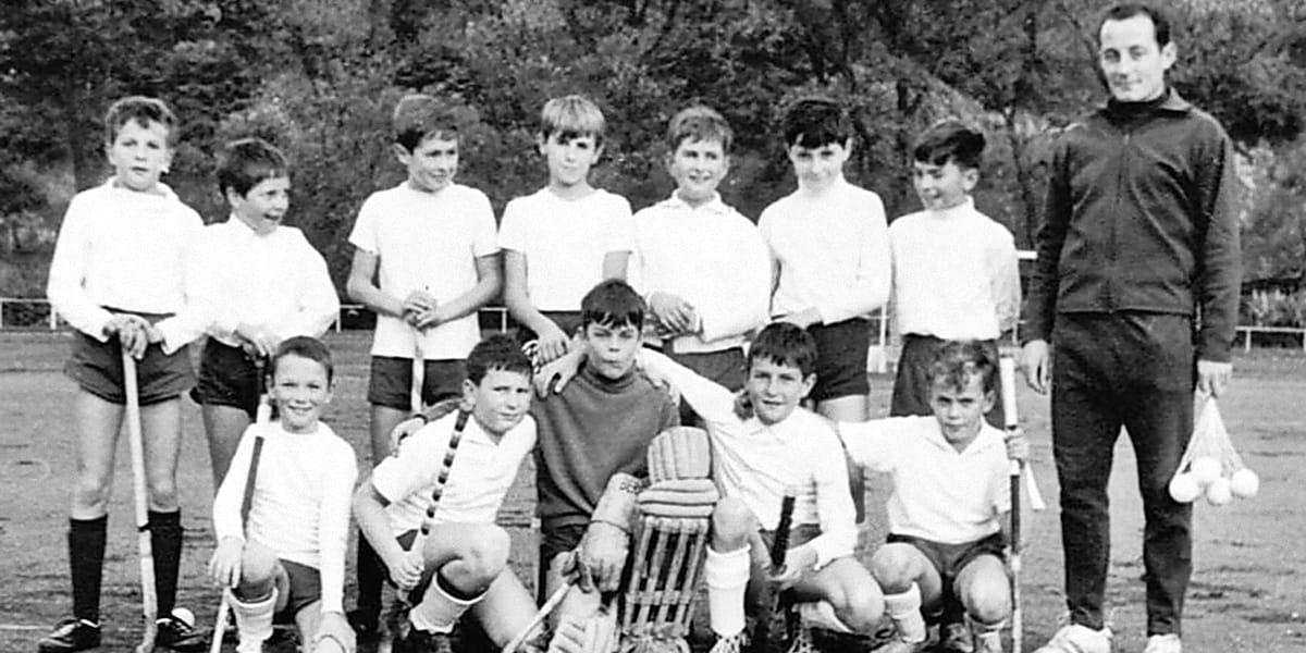 06.06.1966 | Die Knaben A des KHC mit ihrem Trainer Arthur Heil.