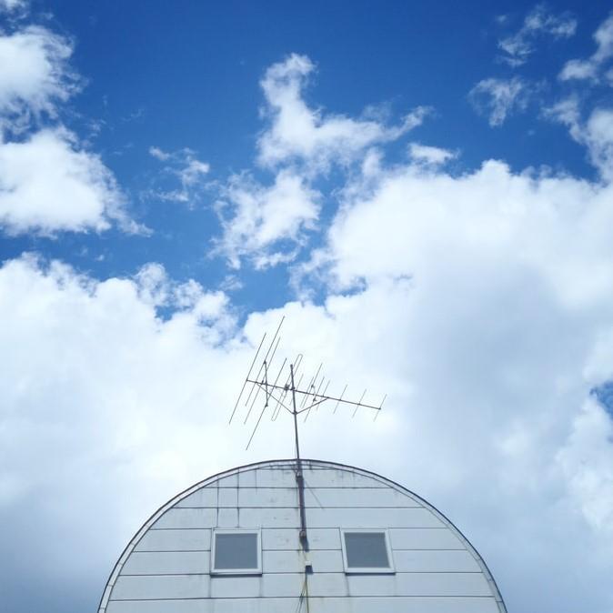 立ち合い/アンテナの屋外整流器の交換工事