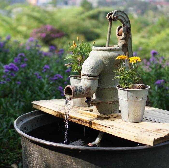 給水ポンプの交換工事