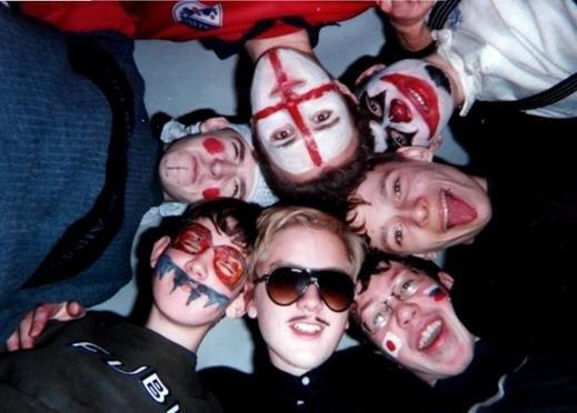 2001 =  v-D-v, Zork, Bozon, AleXey, Spen, XeNoN, Harley