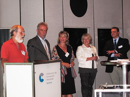 Le bureau du Forum en compagnie d'un des vice-présidents du GLCT : de gauche à droite Alain Rouiller, Gérald Cretegny (Nyon), Catherine Walthert-Selosse, Myriam Constantin et Nicolas Aune.