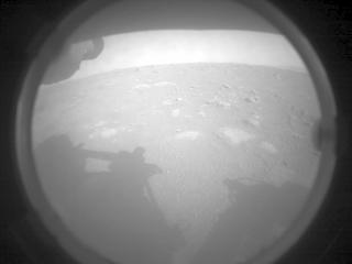 秋田市 トランクルーム NASA探査車が火星に着陸!