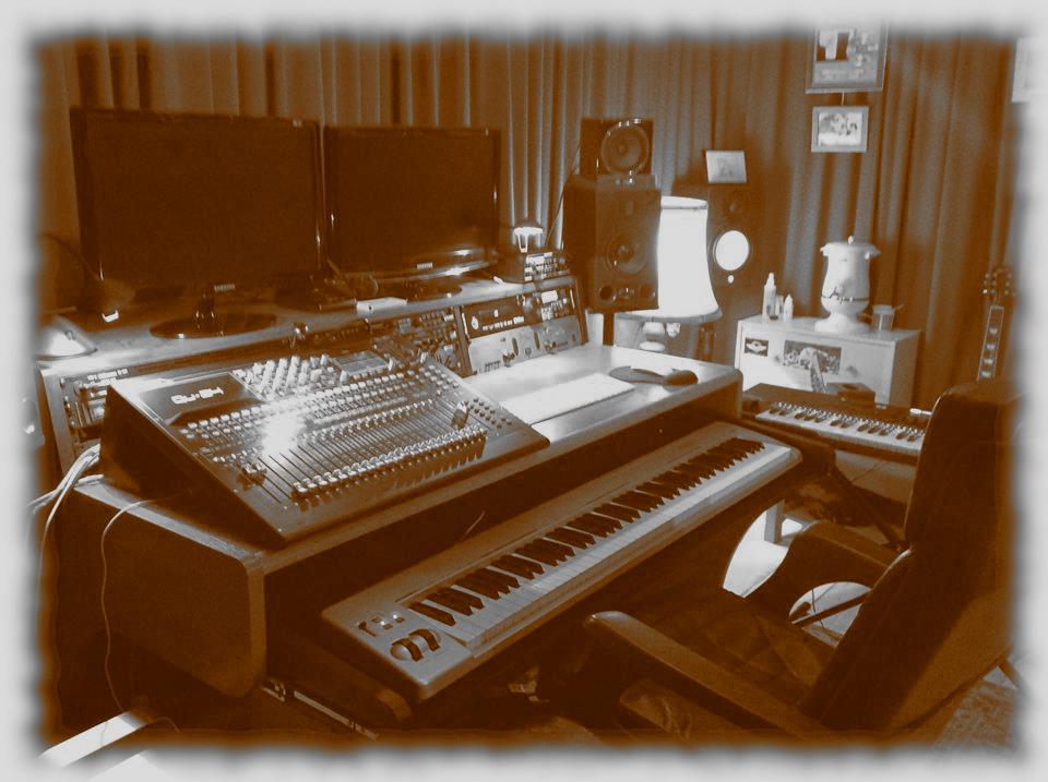 Love my new desk :)